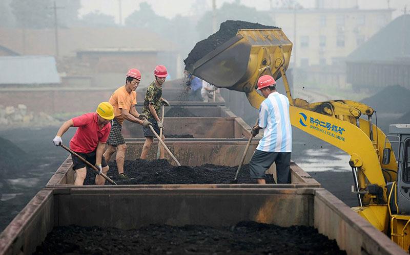 济宁二号煤矿工作场面